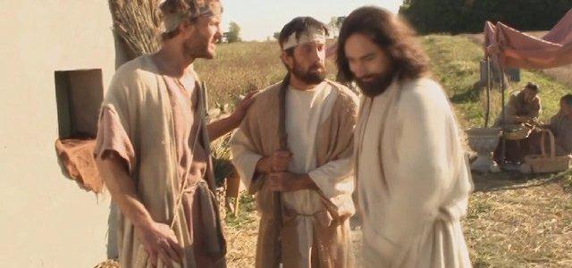 Двое идут по дороге в Еммаус (2010) - христианский фильм смотреть онлайн